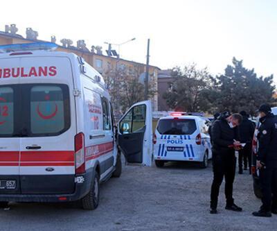 Sivas'ta boş arazide bulunan yeni doğmuş bebek hastanede öldü | Video