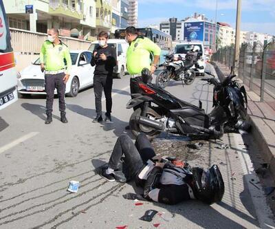 Kazada yaralanan arkadaşının başından ayrılmadı
