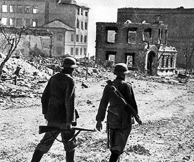 2. Dünya Savaşı Sonuçları Ve Nedenleri: 2. Dünya Savaşı Kimler Arasında Yapıldı? Kısaca Önemi Nelerdir?