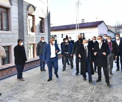 Başkan Büyükkılıç'tan Sarız ve Pınarbaşı'na ziyaret