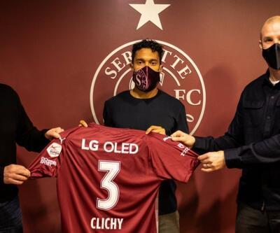 Gael Clichy imzayı attı