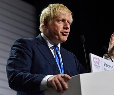 """İngiltere Başbakanı Johnson'dan, """"Kovid-19 aşılarının dağıtımında ciddi zorluklar yaşanacağı"""" uyarısı"""