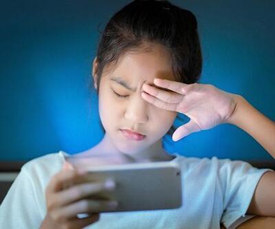 Pandemi döneminde evdeki çocuklar için ekran uyarısı