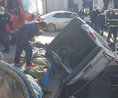Otomobil balıkçı teknesine çarptı