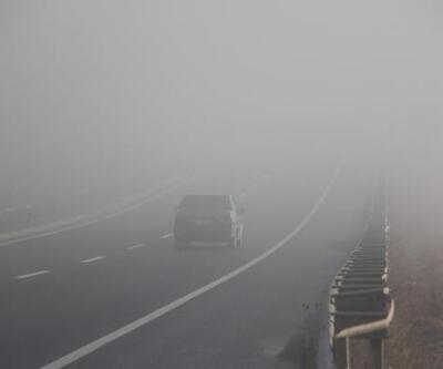 Bolu'da yoğun sis sürücülere zor anlar yaşattı