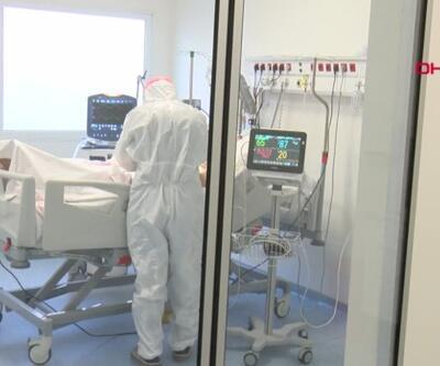 Sağlık çalışanları 2021'e de çalışarak girdi   Video