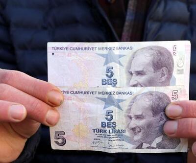 Hatalı basılan 5 lirayı 50 bin liraya satıyor
