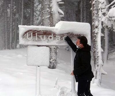Uludağ beyaza büründü, kar kalınlığı 40 santimetreyi buldu