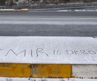 İzmir'e yılın ilk karı düştü