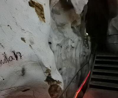 3 milyon yıllık mağaranın duvarları yazılarla doldu