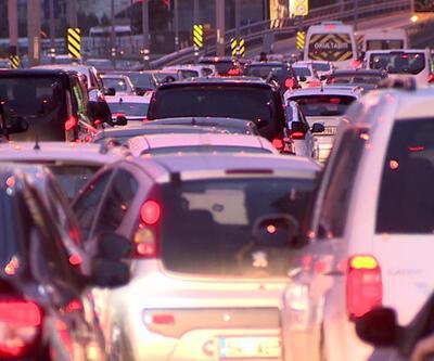 Bitmeyen çile: İstanbul trafiği