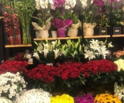 Çiçekçiler Sevgililer Günü'ne hazır