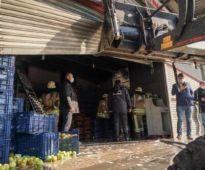Bayrampaşa'da sebze-meyve halinde yangın
