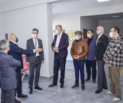 Karacabey Belediye Başkanı Özkan'dan yapımı süren eğitim merkezine ziyaret