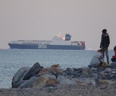 Çin yapımı dev gemi Anamuryum'a teğet geçti