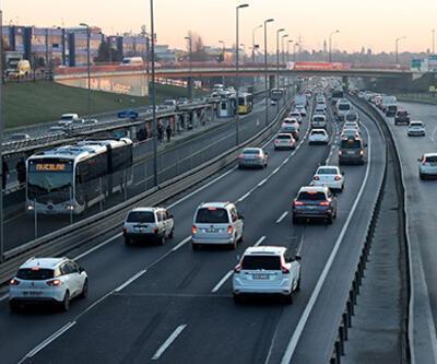 İstanbul'da kısıtlama sonrası trafik yoğunluğu