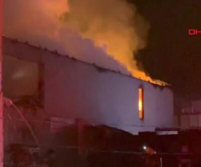 Depoda çıkan yangında mobilya fabrikası küle döndü