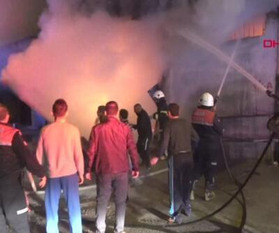 Mobilya fabrikasındaki yangın paniğe neden oldu