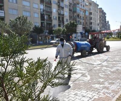 Ceyhan'da dezenfekte çalışmaları aralıksız sürüyor