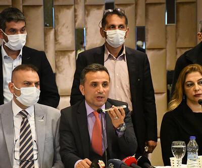Adana'da İYİ Parti'de toplu istifa