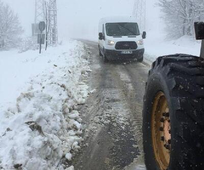Samsun'da kardan kapanan yollar açılıyor