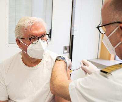 Almanya Cumhurbaşkanı Steinmeier, AstraZeneca aşısı oldu