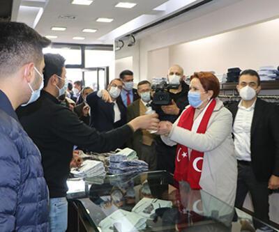 Akşener'den Yüksekova'da esnaf ziyareti: Karpuz gibi ikiye bölündük
