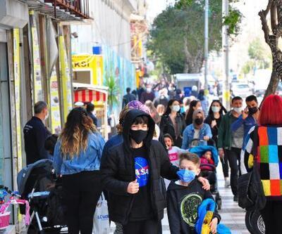 Rengi 'turuncu'ya dönen Manisa'da, caddeler doldu taştı