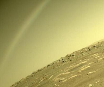 Bilim insanlarının kafasını karıştıran fotoğraf! Mars'ta gökkuşağı mı var?