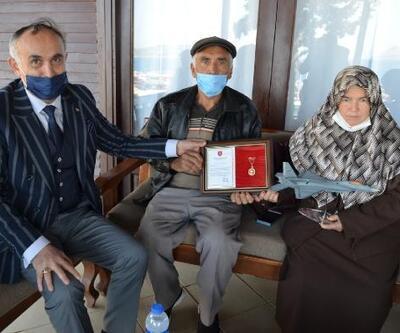 Zeytinlik ve evi TSK Vakfı'na bağışladılar