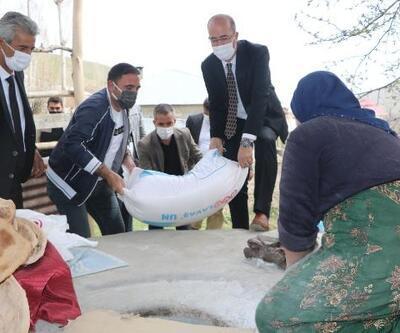 Esendere Belediyesi'nden 600 aileye gıda yardımı
