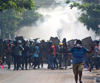 Myanmar'da ölen sivillerin sayısı 701'e çıktı