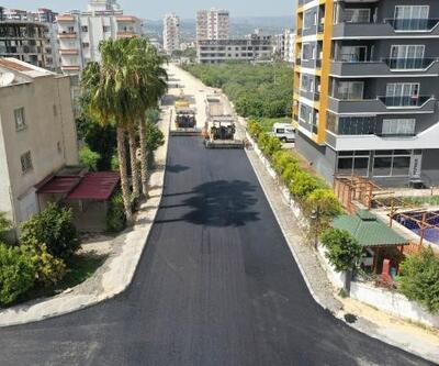 Büyükşehir'den Erdemli'de yol ve asfalt çalışması