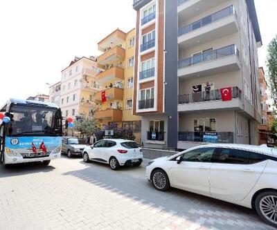 Büyükşehirden 13 İlçede Gezi Araçlarıyla 23 Nisan Konseri