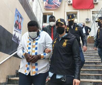 4 kilo sahte altın satan Afrikalı şüpheliler yakalandı