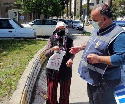 Markette unuttuğu 200 TL ile poşeti polisten aldı