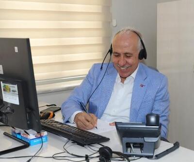 Başkan Gültak, çağrı merkezine gelen telefonları yanıtladı