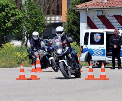 Eskişehir'de, polislere motosiklet eğitimi