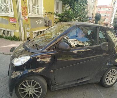 Nuri Bilge Ceylan küçük otomobiliyle trafiğe çözüm buldu