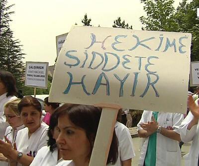Nisan'da 27 sağlıkçı saldırıya uğradı