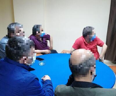 Kocaeli'de kumar baskınında yakalanan 25 kişiye ceza kesildi