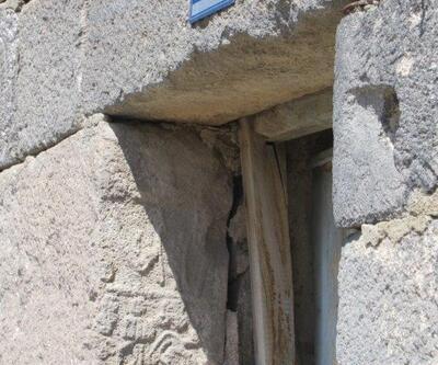 3 bin 300 yıllık yazıtı kapı sövesi yapmışlar