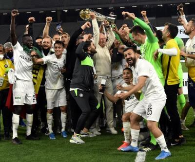 Mustafa Denizli'nin Altay'la Süper Lig sevinci