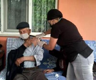 Kırklareli'nin köylerinde aşılama çalışmaları sürüyor