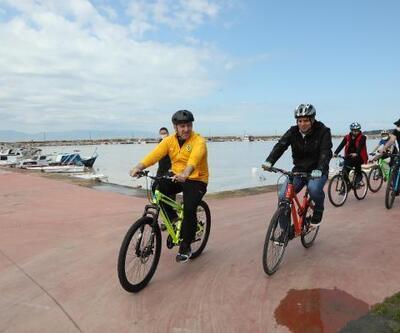 Darıca'da 'Dünya Bisiklet Günü' için pedal çevrildi