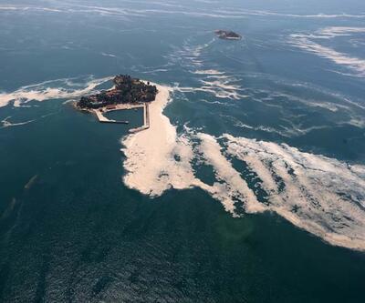 Marmara Denizi'ndekimüsilajuçakla havadan görüntülendi