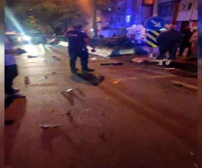 Bayrampaşa'da taksi ile 2 motosiklet çarpıştı: 1 ölü, 2 ağır yaralı