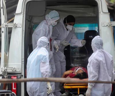 Hindistan'da COVID-19 salgınında günlük vaka sayısında artış