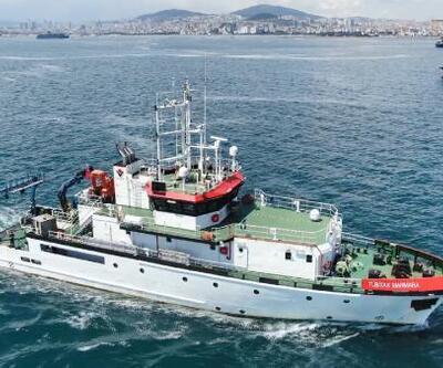 Müsilaj savaşçısı 11 bilim insanı Marmara'yı tarıyor