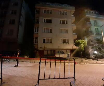 Kolonu çatlayan 5 katlı binanın sakinleri tahliye edildi